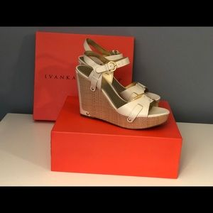 Ivory Leather Ivanka Trump Wedges Sz 9
